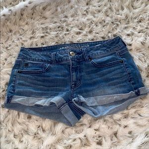 American eagle Shortie stretch shorts!